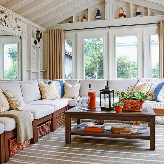 19 Ways You Can Use Modern Furnishings to Design The Interior Decor Of A Sun-Room (12)