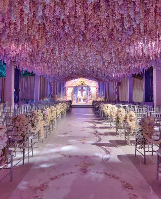 23 stunningly beautiful decor ideas for the most breathtaking indoor 26 stunningly beautiful decor ideas for indoor and outdoor weddings 16 junglespirit Gallery