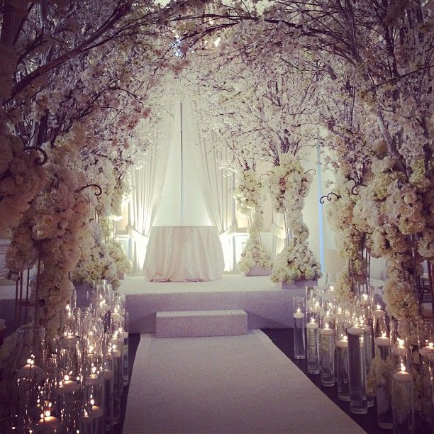 23 stunningly beautiful decor ideas for the most breathtaking indoor 26 stunningly beautiful decor ideas for indoor and outdoor weddings 19 junglespirit Images