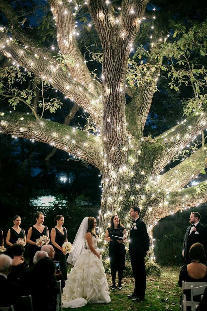 23 stunningly beautiful decor ideas for the most breathtaking indoor 26 stunningly beautiful decor ideas for indoor and outdoor weddings 21 junglespirit Choice Image