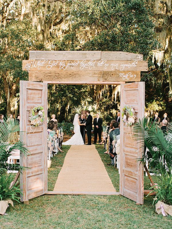 23 stunningly beautiful decor ideas for the most breathtaking indoor 26 stunningly beautiful decor ideas for indoor and outdoor weddings 25 junglespirit Gallery