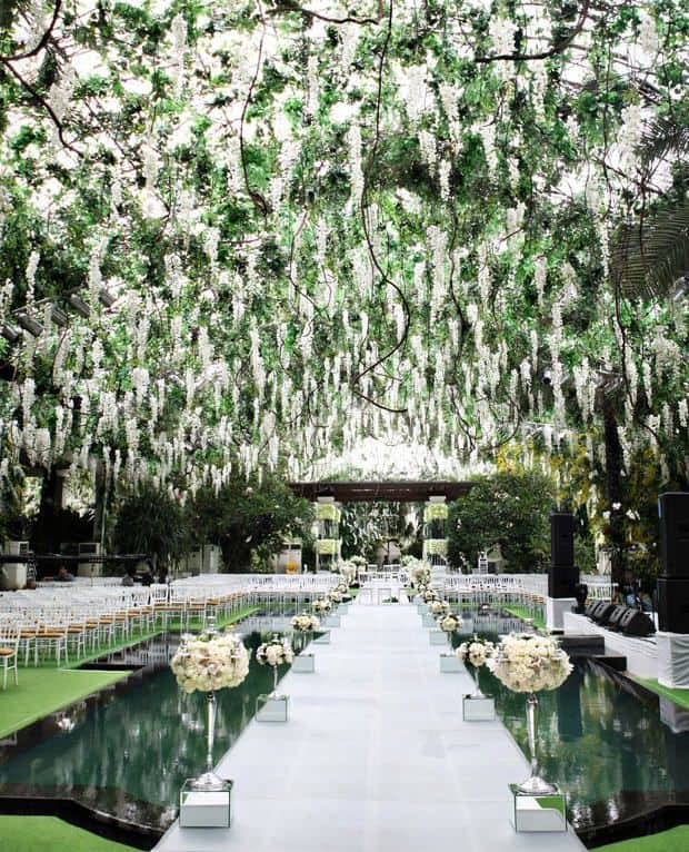 23 stunningly beautiful decor ideas for the most breathtaking indoor 26 stunningly beautiful decor ideas for indoor and outdoor weddings 8 junglespirit Images