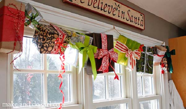 30 Insanely Beautiful Last-Minute Christmas Windows Decorating Ideas homesthetics decor (1)
