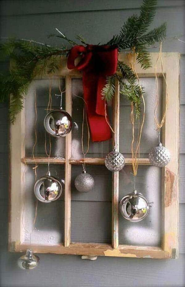 30 Insanely Beautiful Last-Minute Christmas Windows Decorating Ideas homesthetics decor (17)