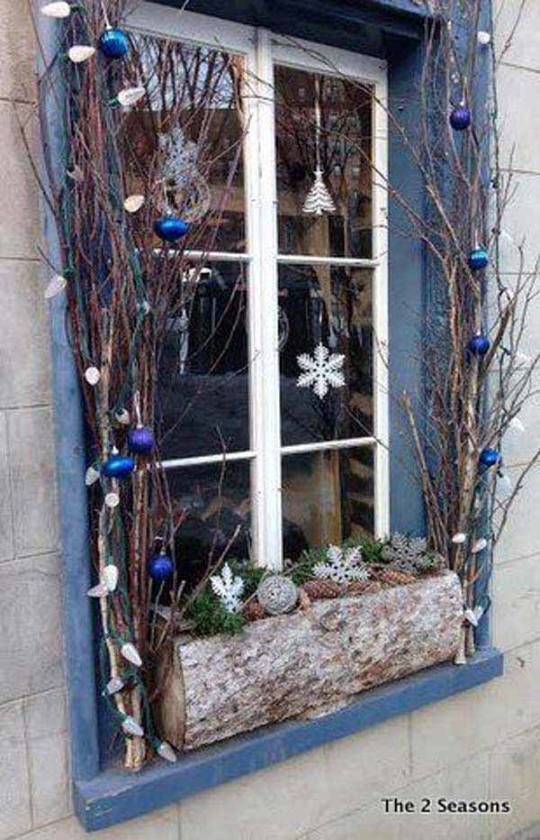 30 Insanely Beautiful Last-Minute Christmas Windows Decorating Ideas homesthetics decor (2)