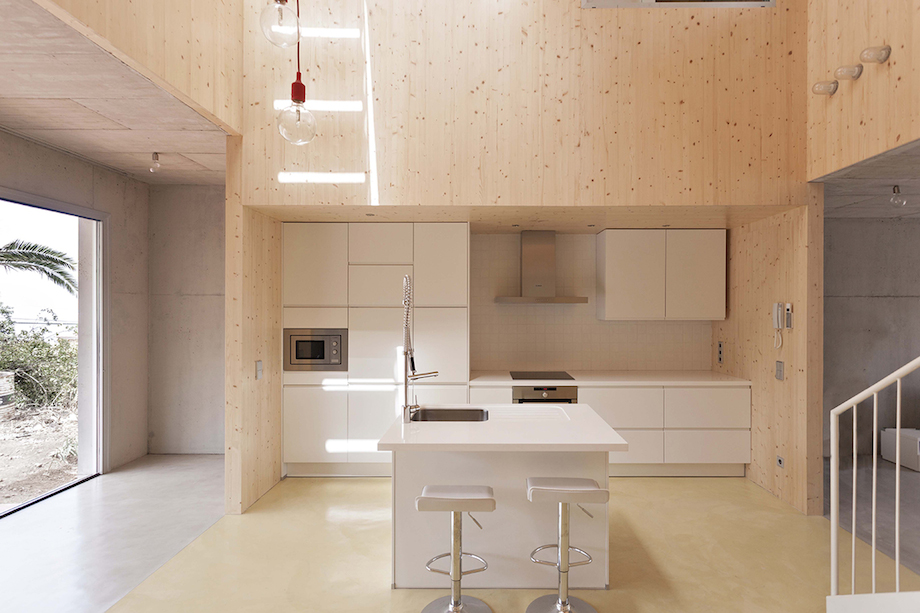 Concrete Home With Interior Courtyard - G House by Esaú Acosta homesthetics (17)