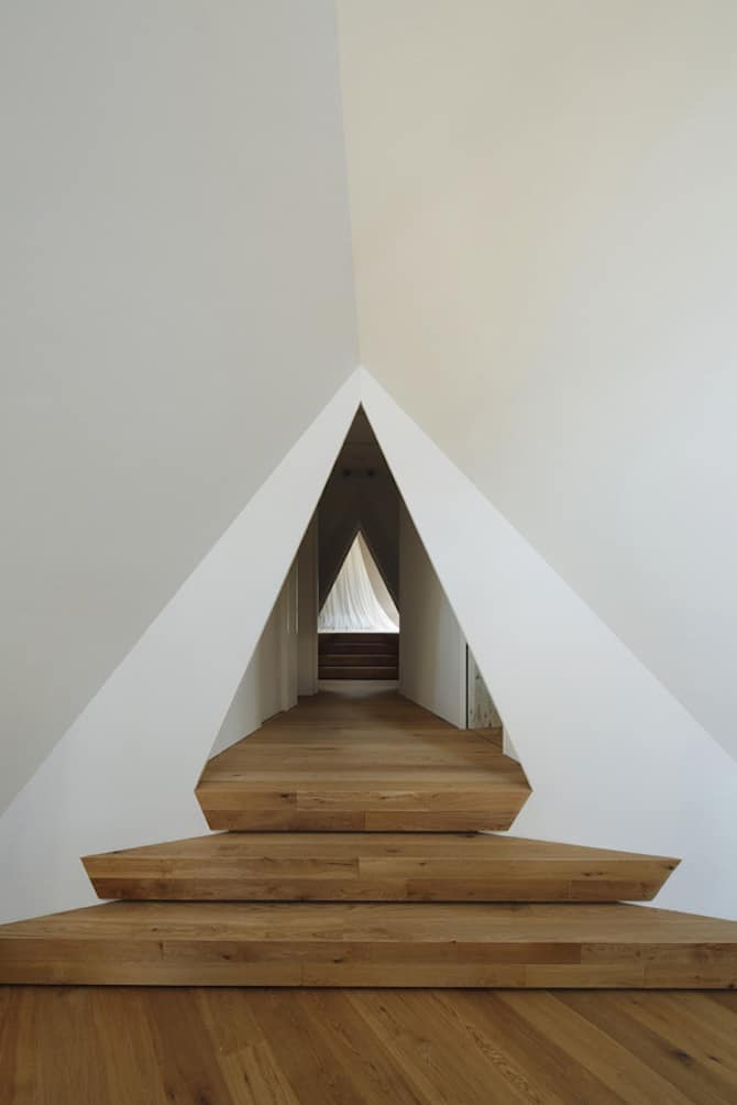 Forest Tipi-Shaped House Envisioned by NAP Architects homesthetics (7)