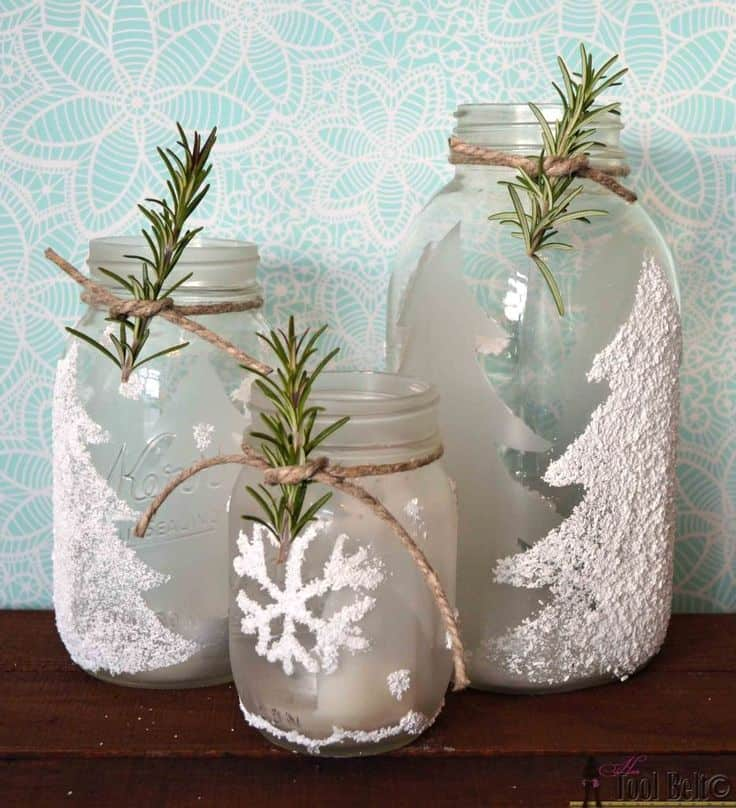 17 stunning diy holiday candle holder ideas homesthetics for How to make christmas candle holders