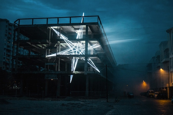 Jun Ong Designs Giant Glowing Star Installation of Immense Beauty homesthetics art (1)