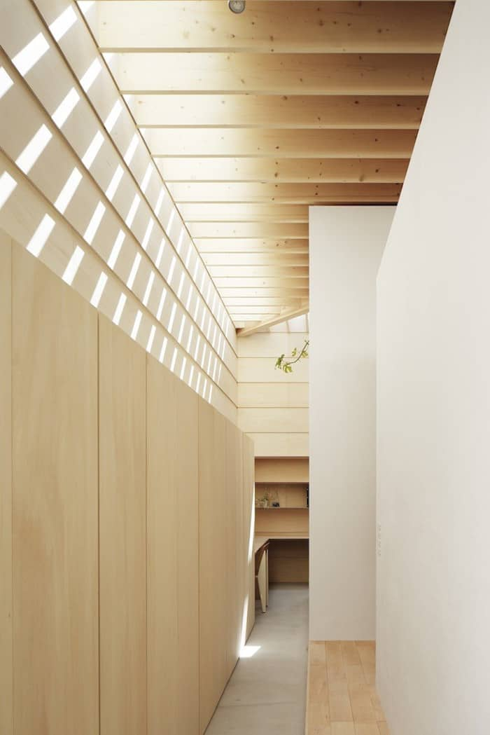 Minimalist Japanese Wooden Home Flooded by Sunlight Signed mA-Style Architects homesthetics (12)