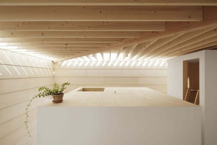 Minimalist Japanese Wooden Home Flooded by Sunlight Signed mA-Style Architects homesthetics (16)