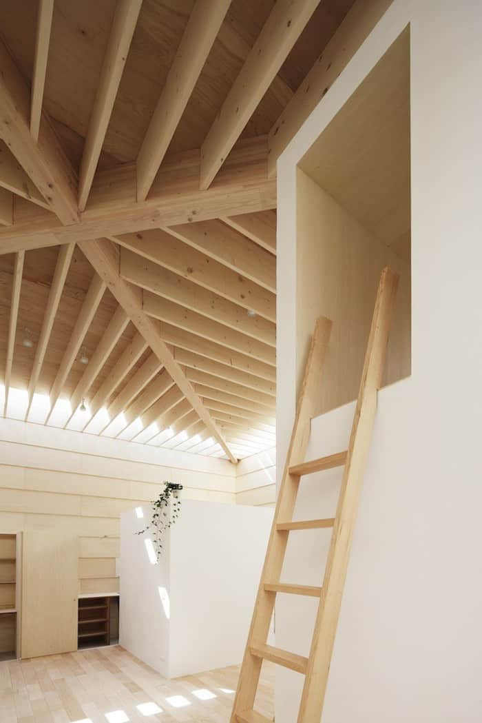 Minimalist Japanese Wooden Home Flooded by Sunlight Signed mA-Style Architects homesthetics (17)