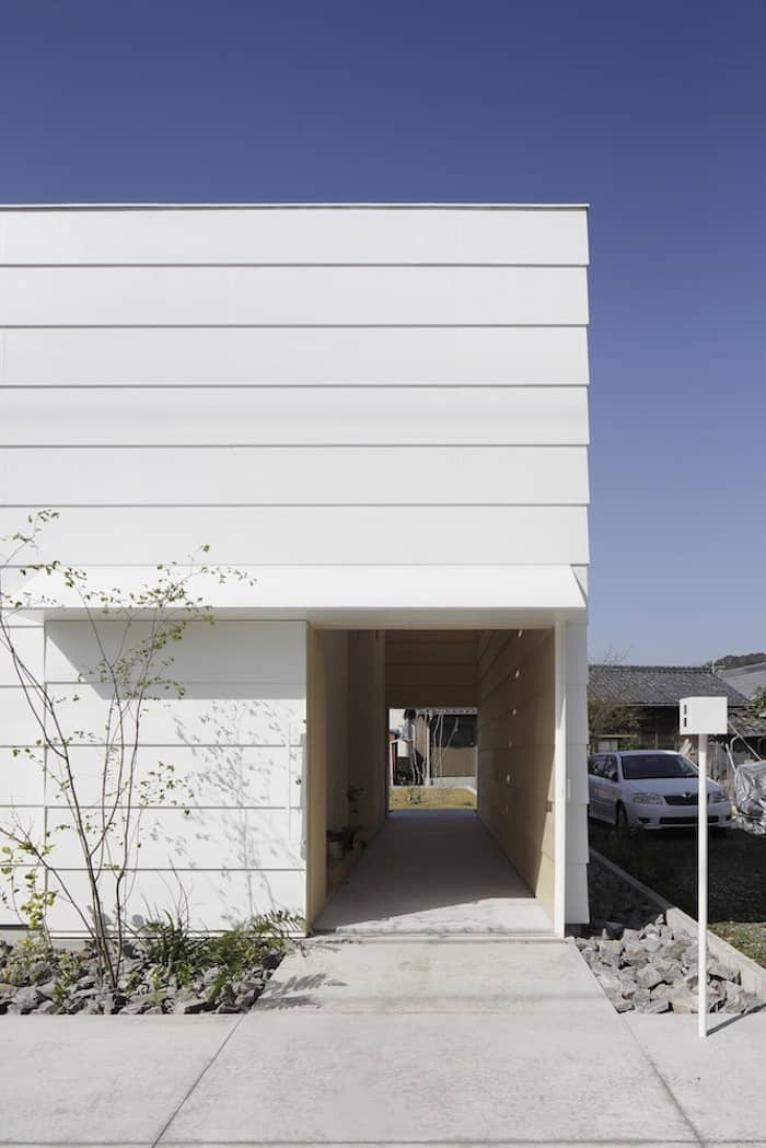 Minimalist Japanese Wooden Home Flooded by Sunlight Signed mA-Style Architects homesthetics (5)