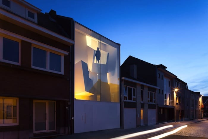 Modern Home With Live Colorful Facade Animating The Street homesthetics architecture (1)