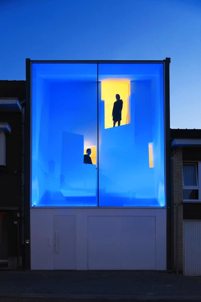 Modern Home With Live Colorful Facade Animating The Street homesthetics architecture (6)