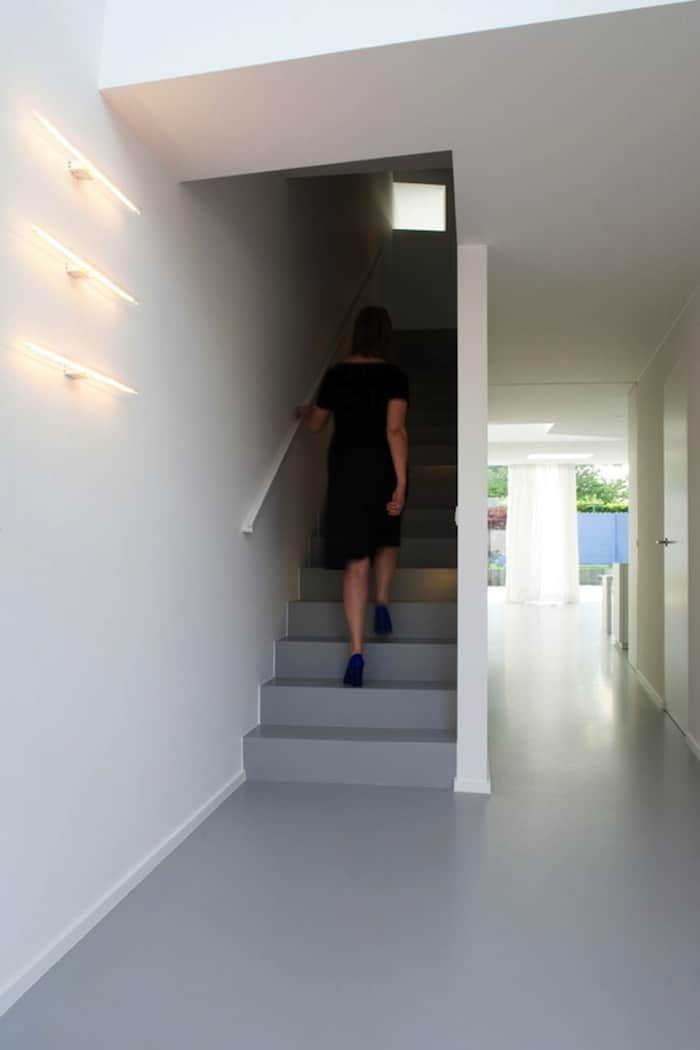 Modern Home With Live Colorful Facade Animating The Street homesthetics architecture (9)