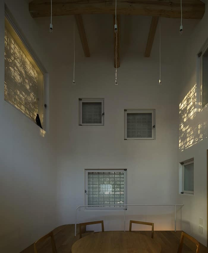 Perforated Brick Walls on a Home by Ryo Matsui Architects homesthetics (4)