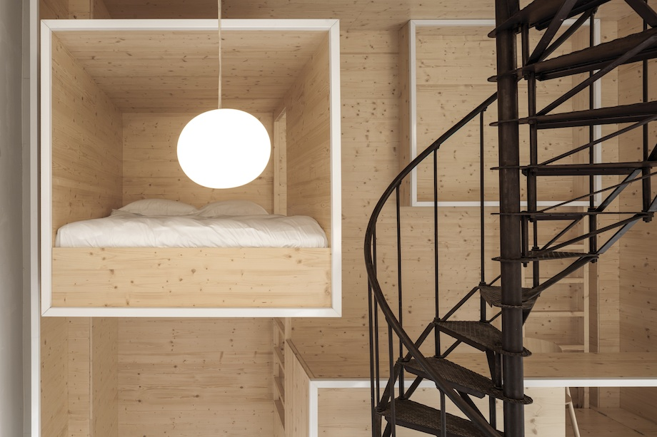 Room on the Roof Installation In The Heart of Amsterdam by i29 homesthetics (4)