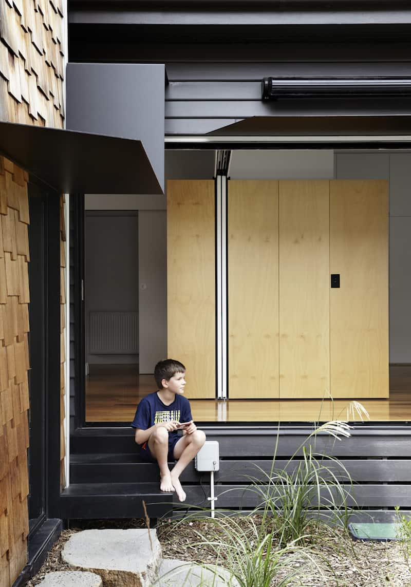 Seven Small Homes Constituting the Tower House by Andrew Maynard Architects (10)
