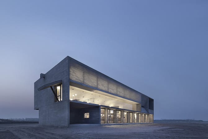 Simple Raw Beauty in a Seashore Library Designed by Vector Architects (13)