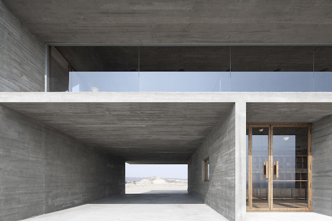 Simple Raw Beauty in a Seashore Library Designed by Vector Architects (3)