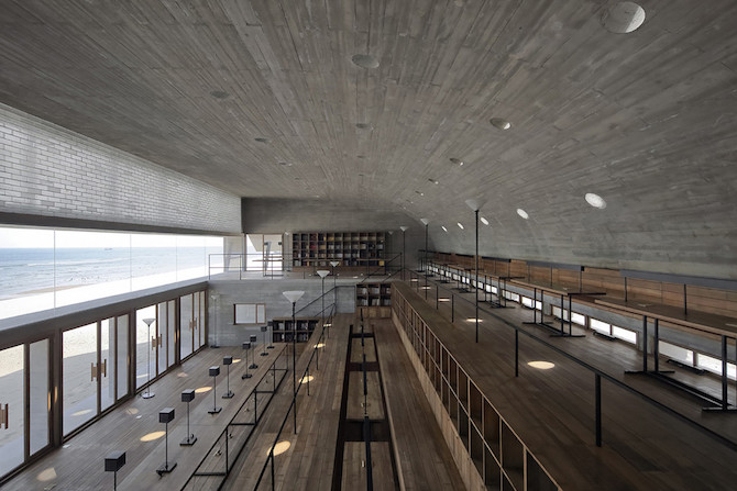 Simple Raw Beauty in a Seashore Library Designed by Vector Architects (8)