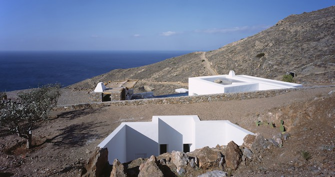 Twin Holiday Homes Forged Into Rock Overlooking The Aegean homesthetics architecture (2)