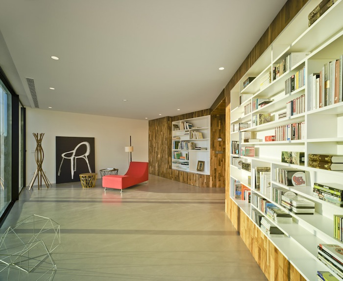 Two Cement Volumes Entitled The Crossed House By Clavel Arquitectos homesthetics architecture (3)