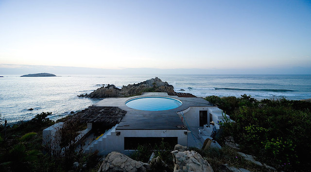 observatoryhouse Modern Cliff Home With Swimming Pool on the Roof by Gabriel Orozco And Tatiana Bilbao 1