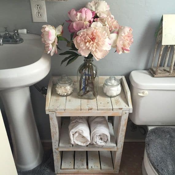 18 Shabby Chic Bathroom Ideas Suitable For Any Home (14)