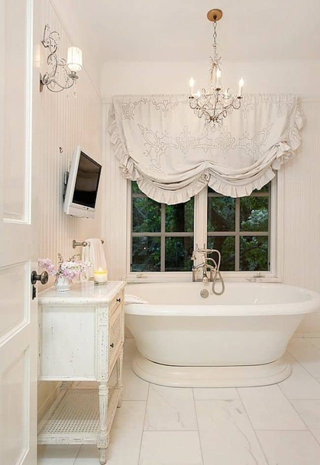 18 Shabby Chic Bathroom Ideas Suitable For Any Home 17