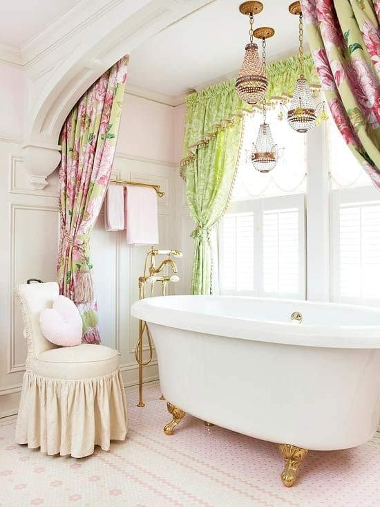 18 Shabby Chic Bathroom Ideas Suitable For Any Home 4