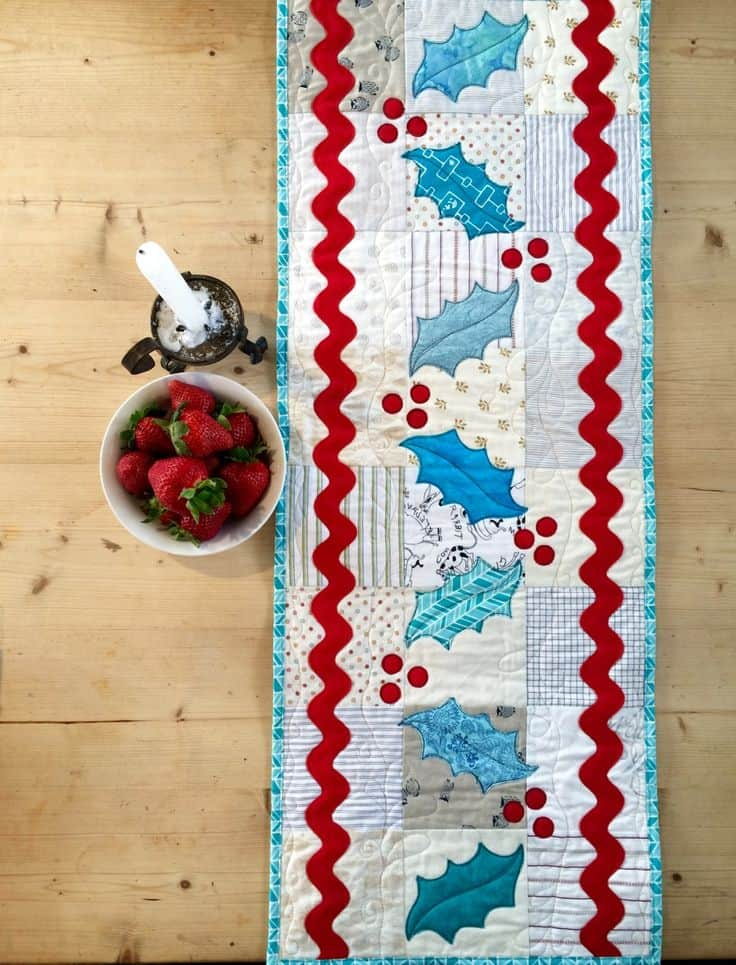 20 DIY Quilted Table Runner Ideas For All Year Round (10)