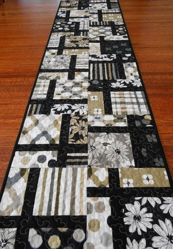 20 DIY Quilted Table Runner Ideas For All Year Round (4)