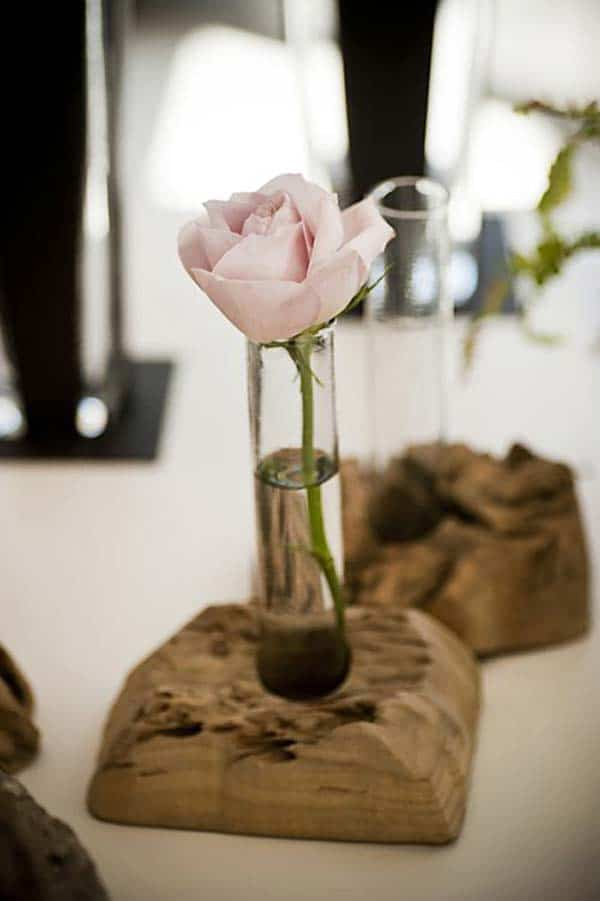 24 Beautiful Decorative Wooden Stump Vases Crafts For Your Household homesthetics crafts (23)