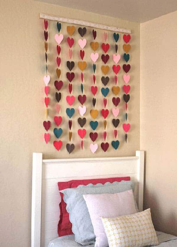 20 Use Small Colorful Paper Hearts