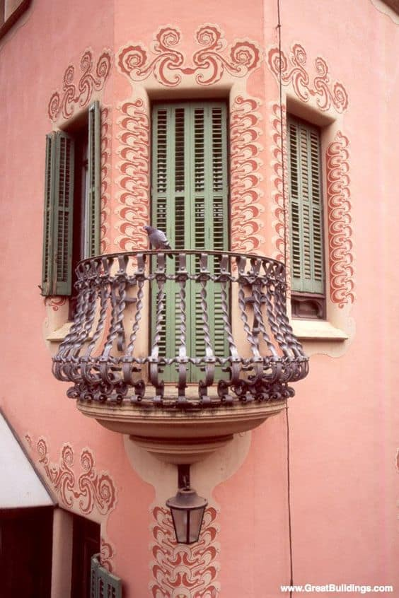 25 Charming Balconies You Will Love To Have Attached To Your Home (7)
