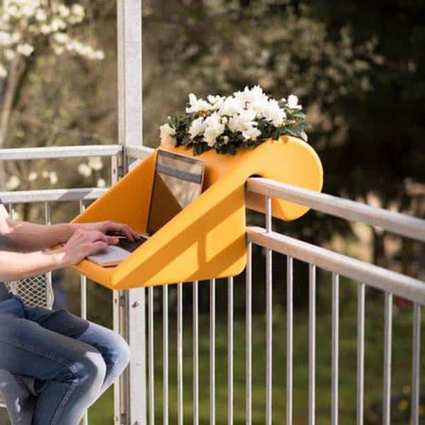 26 Small Furniture Ideas to Pursue For Your Small Balcony homesthetics magazine (16)