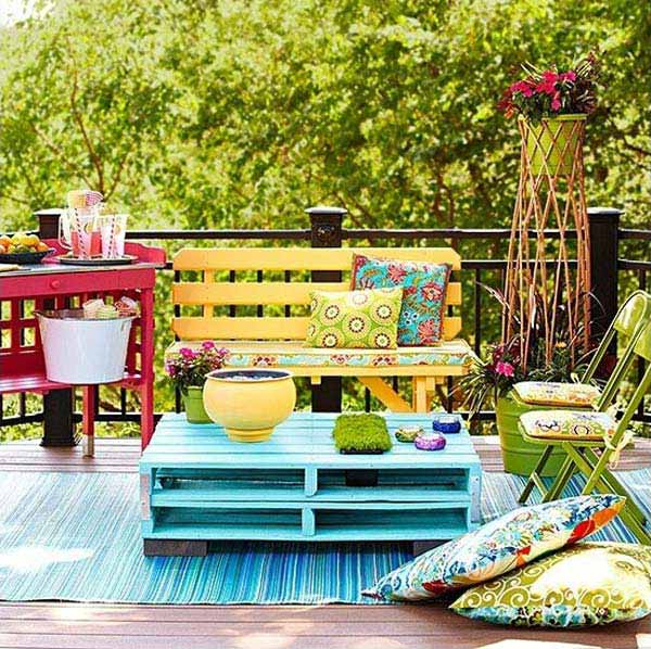 26 Small Furniture Ideas to Pursue For Your Small Balcony homesthetics magazine (2)