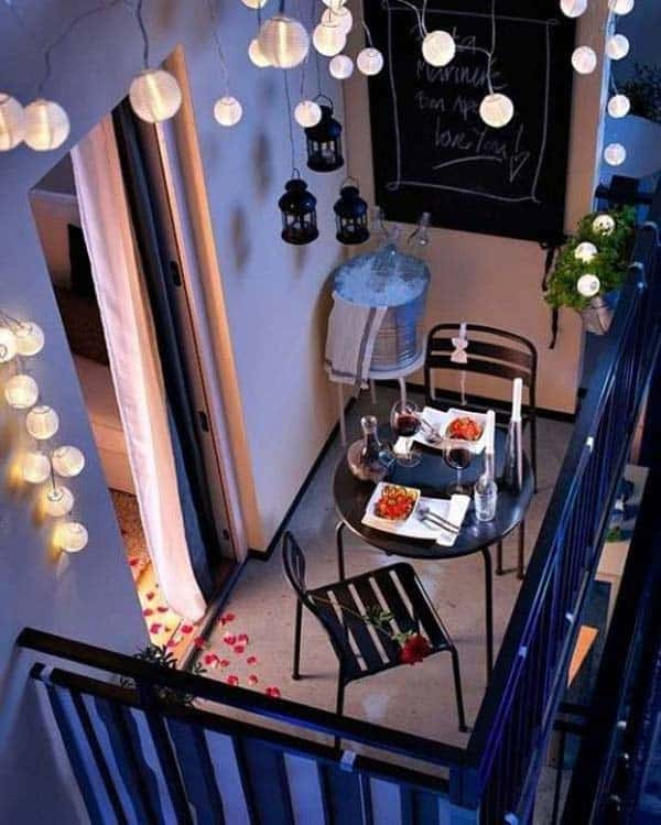 26 Small Furniture Ideas to Pursue For Your Small Balcony homesthetics magazine (20)