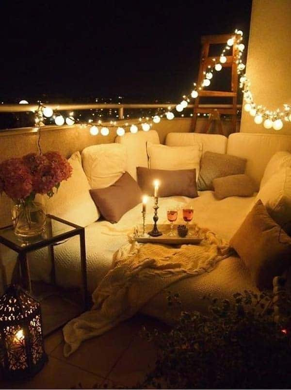 26 Small Furniture Ideas to Pursue For Your Small Balcony homesthetics magazine (7)
