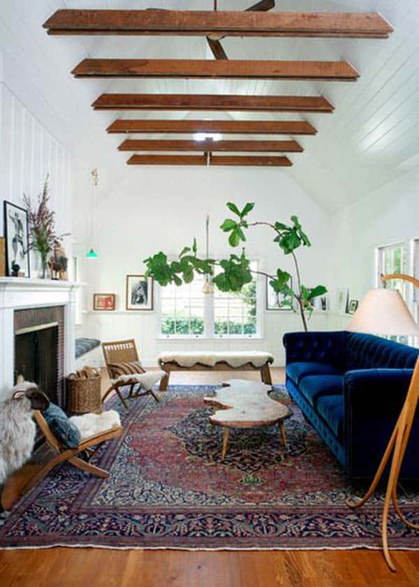 PAINTED WOOD SUSTAINING RAW BEAMS VISUALLY IN AN ETHEREAL DECOR