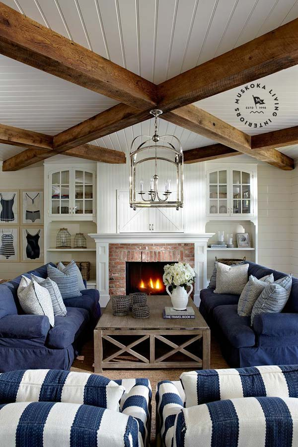 MIXTURE OF ELEMENTS BEAUTIFULLY TAILORED IN AN INTERIOR BY MUSKOKA LIVING