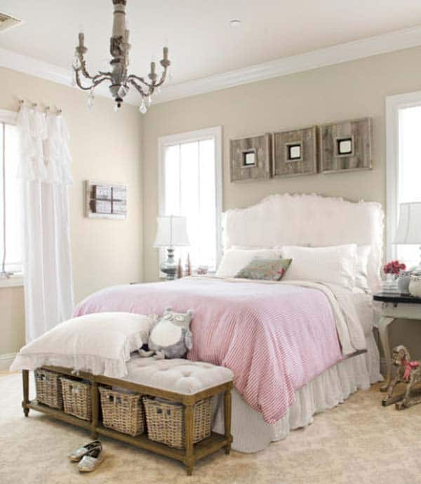 ADOPT A SHABBY CHIC FOOT OF THE BED STORAGE OPTION