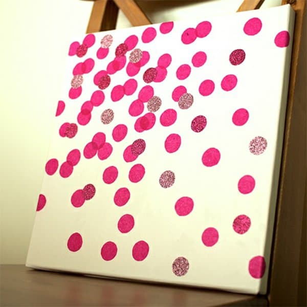21. WHO SAYS SIMPLE SHAPES LIKE DOTS CAN'T CREATE INCREDIBLE WORKS OF ART