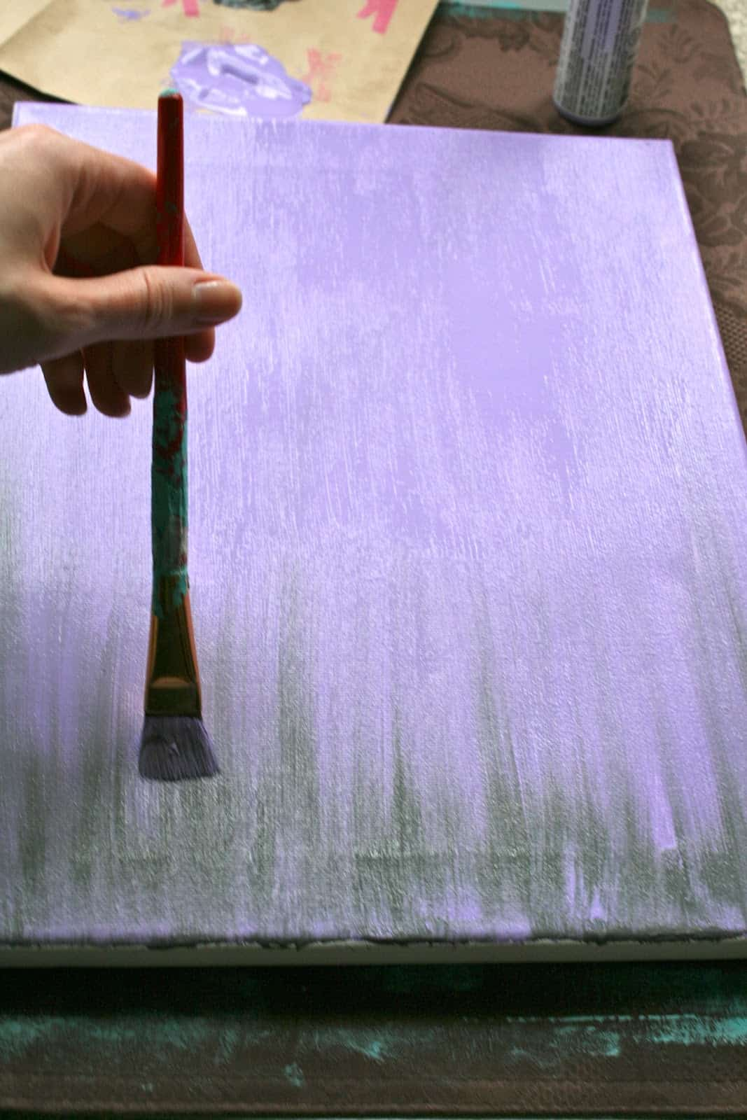 10. LEARN DIFFERENT TECHNIQUES OF APPLYING A COLORED GROUND
