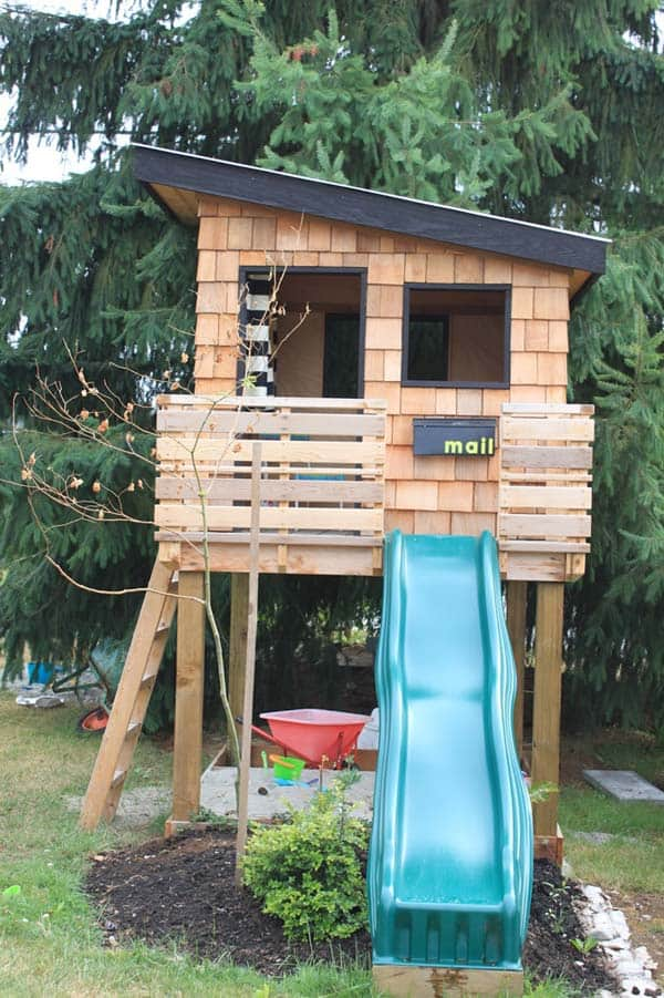 realize a playful wooden fort - Playhouse Designs And Ideas
