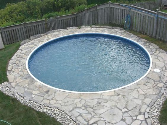 19 Swimming Pool Ideas For A Small Backyard (13)