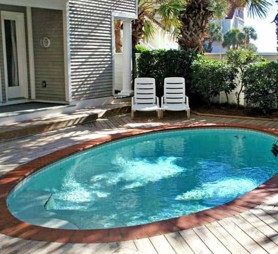 Perfect 19 Swimming Pool Ideas For A Small Backyard (18)