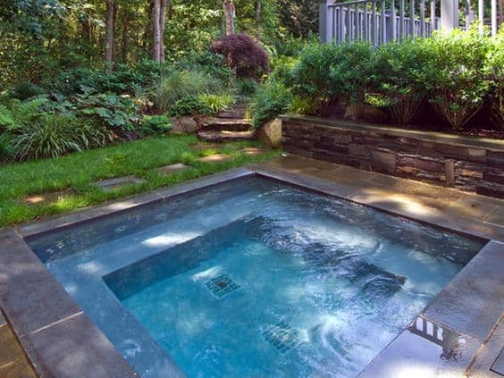Charming #4 Construct A Backyard Recreational Ground With A Plunge Bath At The Center